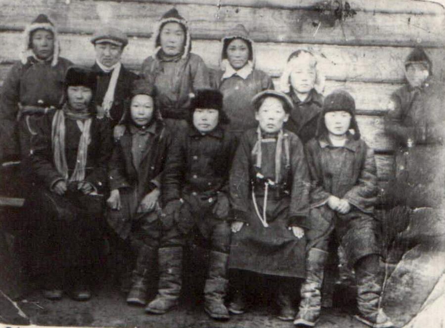 19. Таптанаская школа крестьянской молодёжи. 1932 год..jpg