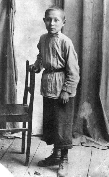 дядz Коля ок.1927