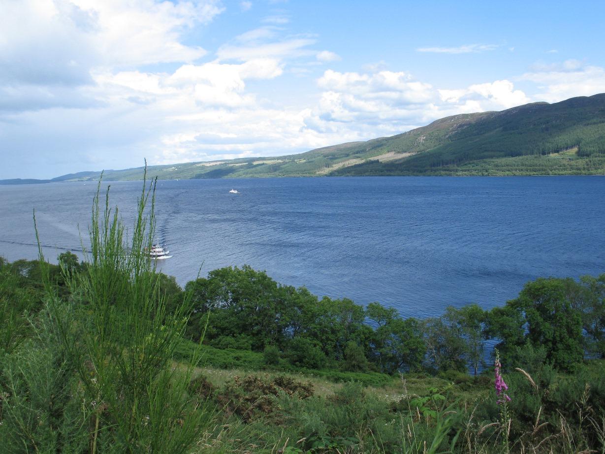 Highlands - Loch