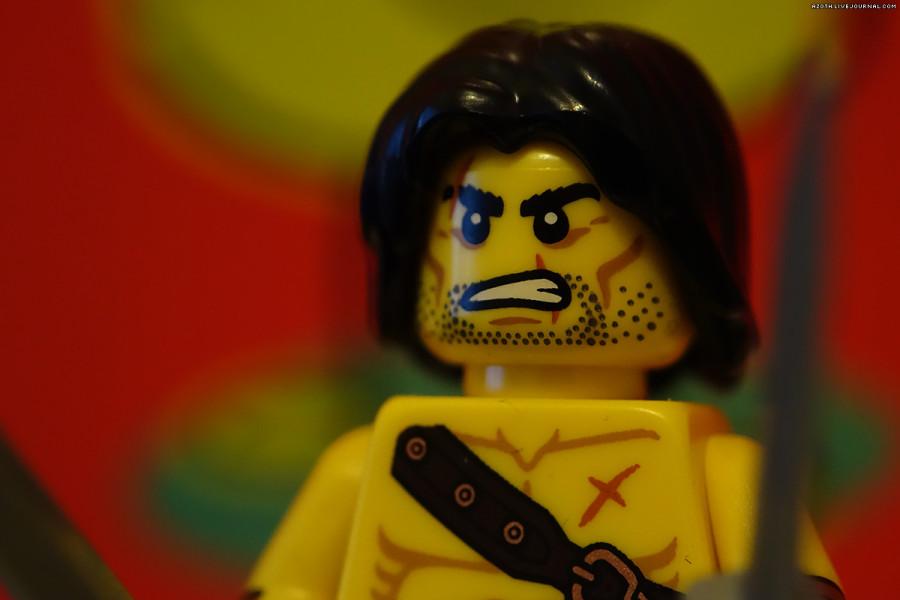 Lego Barbarian - Raynox MSN-202 and Sony RX100 M2