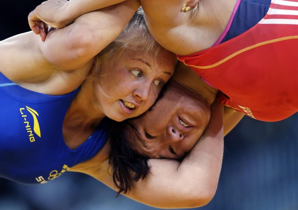 1/8 финала: Айсулуу Тыныбекова борется против Хенны Йоханссон / Aisuluu Tynybekova - Henna Johansson