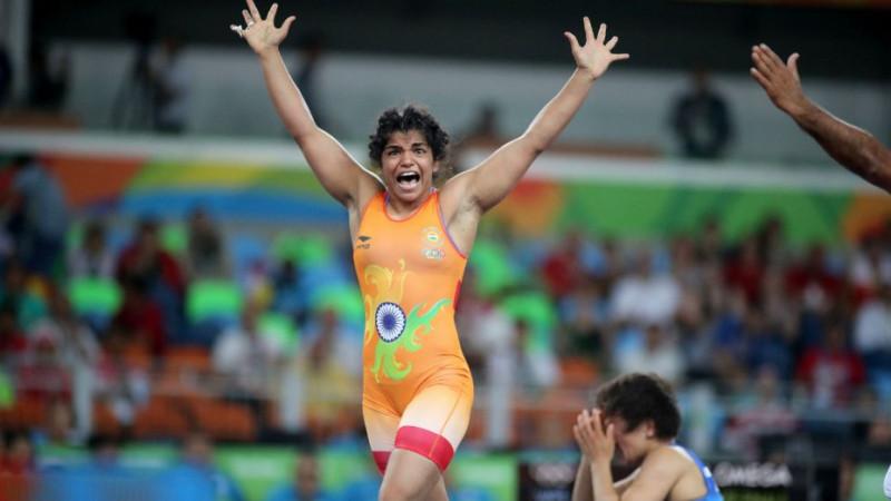 Сакши Малик на последних секундах вырвала бронзовую медаль из рук Айсулуу Тыныбековой