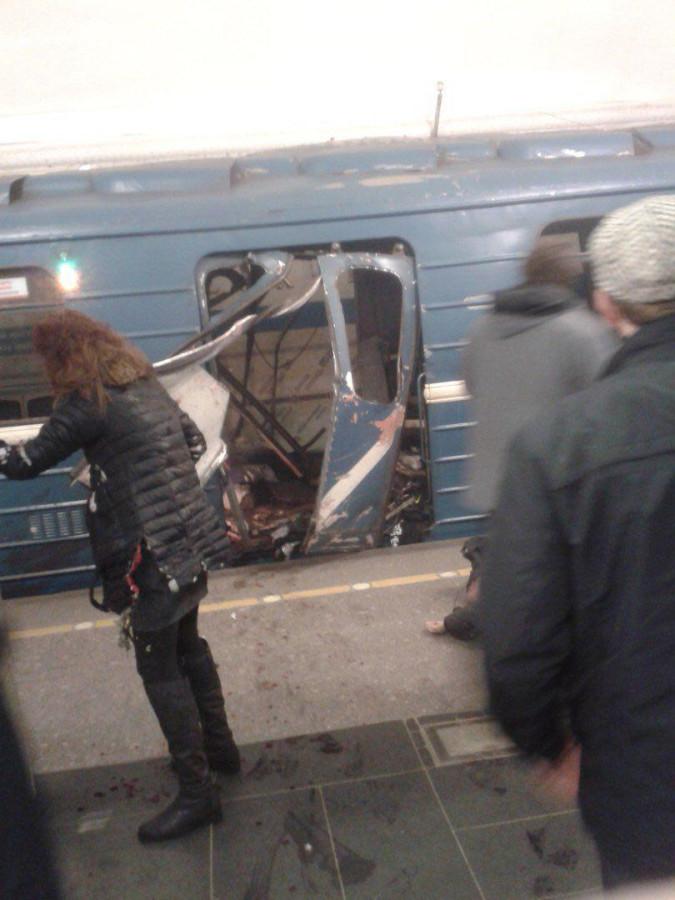 взрыв в питерском метро
