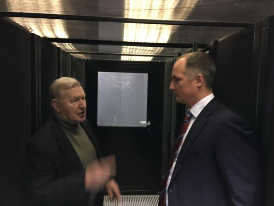 Вы бывали внутри суперкомпьютера?