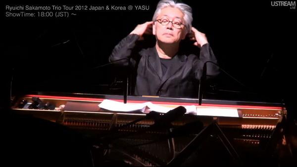 1 декабря 2012 первый концерт Сакамото Трио-тур Япония-Корея