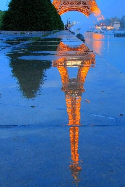 paris_eifel-reflects