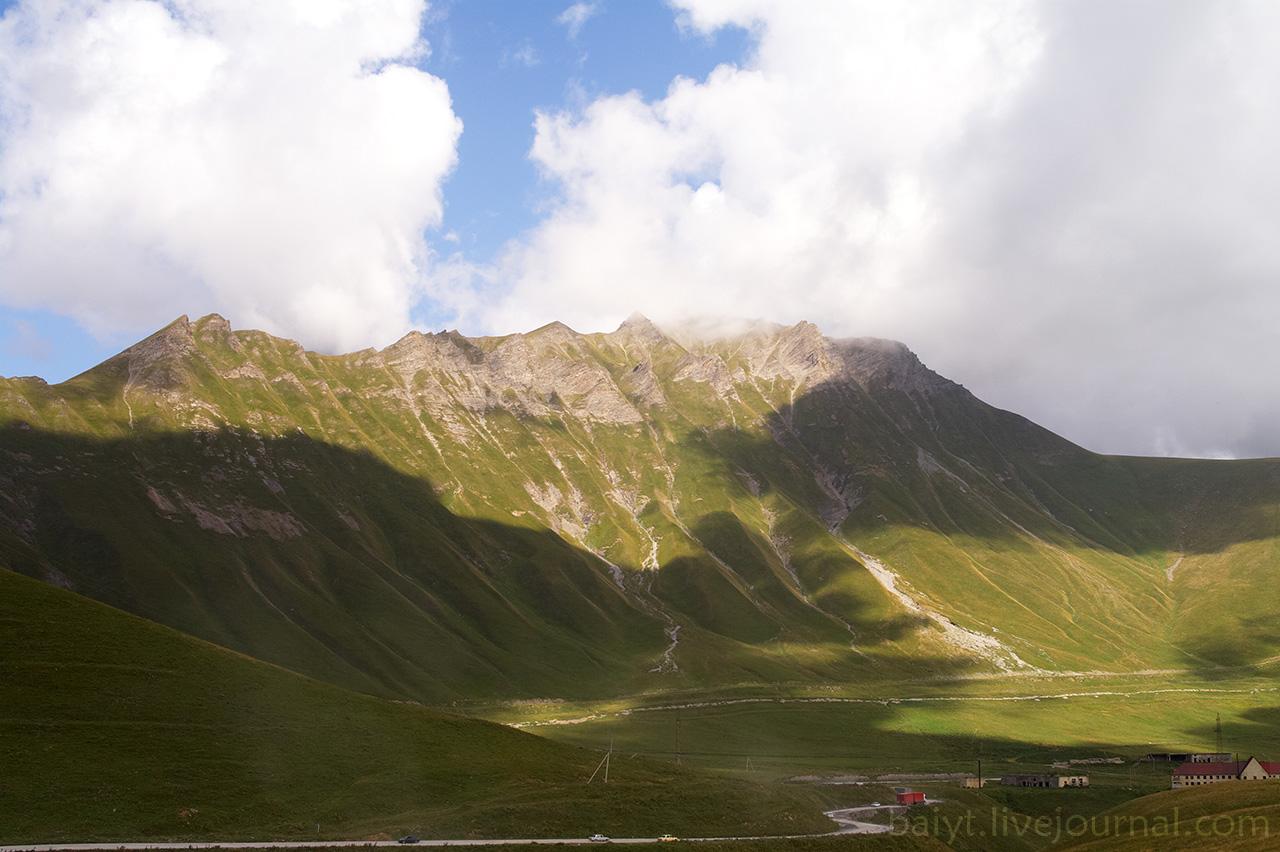 Самая высокая вершина у Крестового перевала