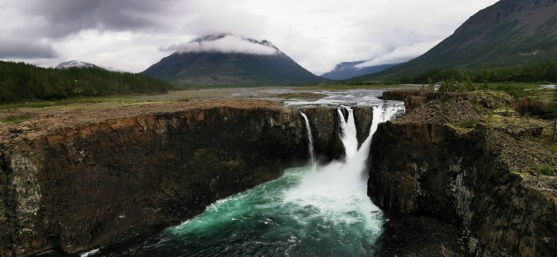 водопад Иркиндинский (Плато Путорана)