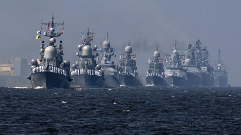 Главный парад ВМФ России.