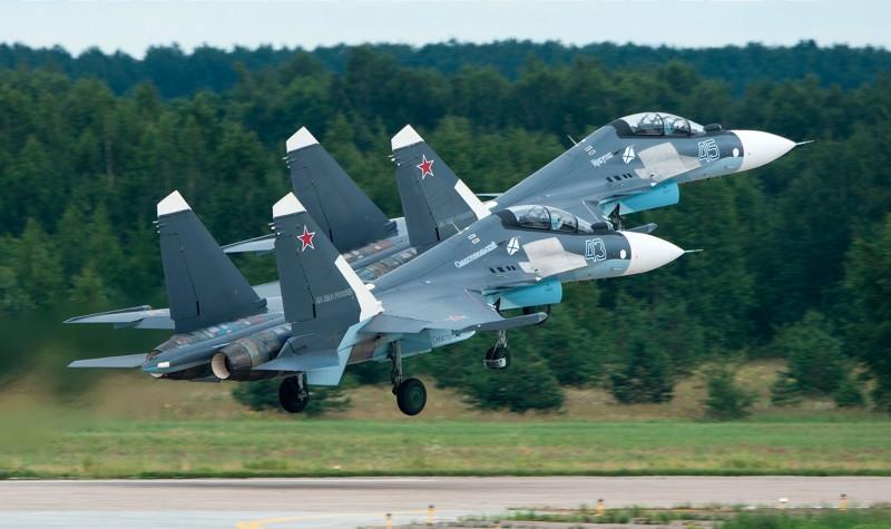 Звено новейших истребителей Су-30СМ МА Черноморского флота!