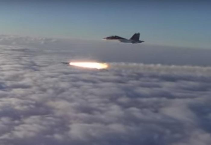 Пуск ракеты Х-35 с борта Су-30СМ МА ЧФ