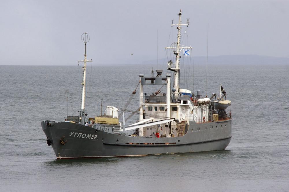 Разведывательный корабль для ВМС Украины, достраивающийся в Одессе, впервые вышел в море для ходовых испытаний - Цензор.НЕТ 2287