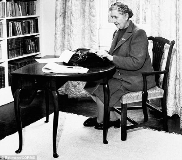 Agatha Christie (10)
