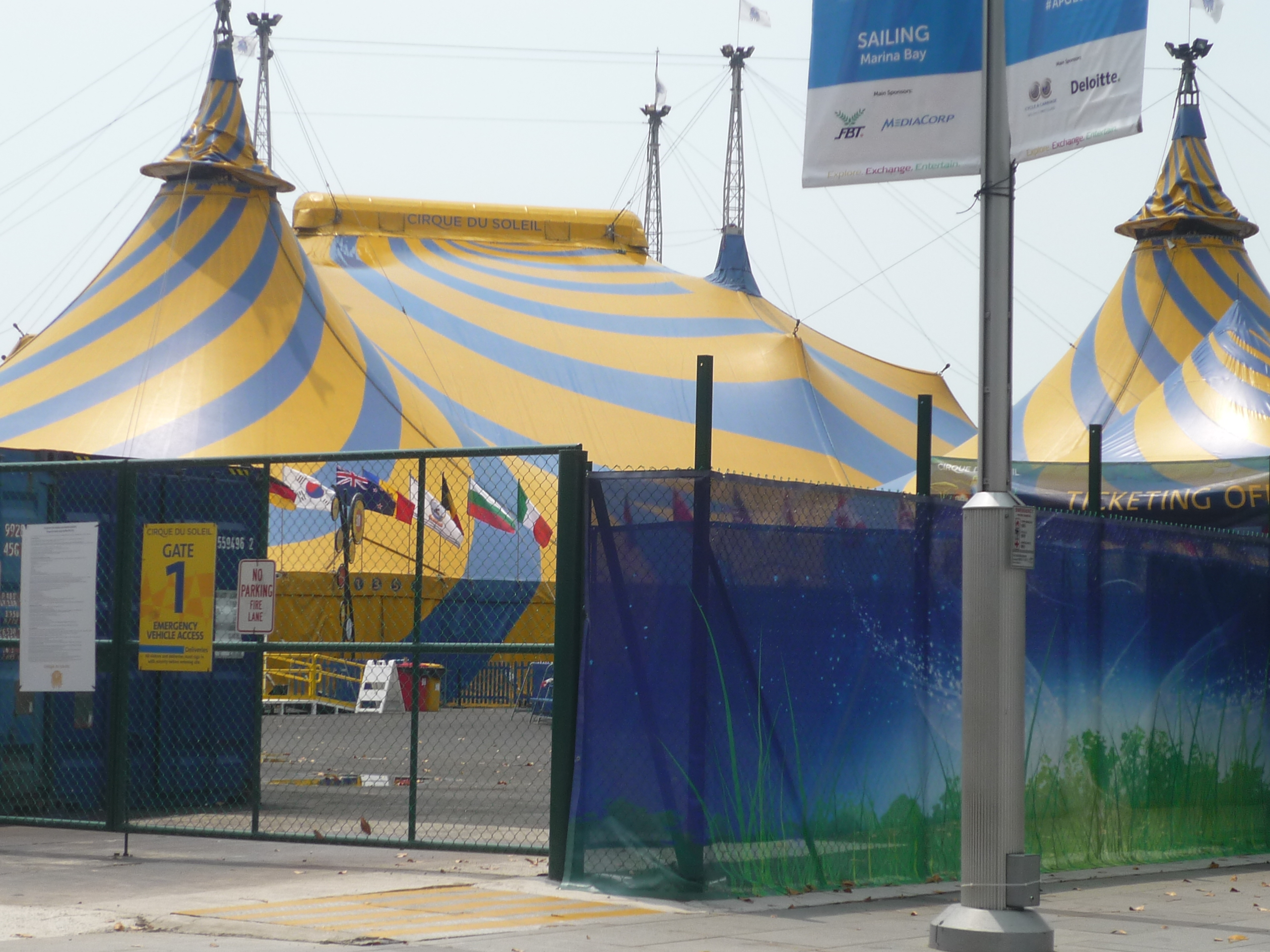 Our excitements rose instantly when we saw the series of bright yellow-with-blue-stripes tents. The tents didnu0027t appear too big from the outside though - we ... & Cirque du Soleil TOTEM: 2 Hours of Surrealism Under The Big Top ...