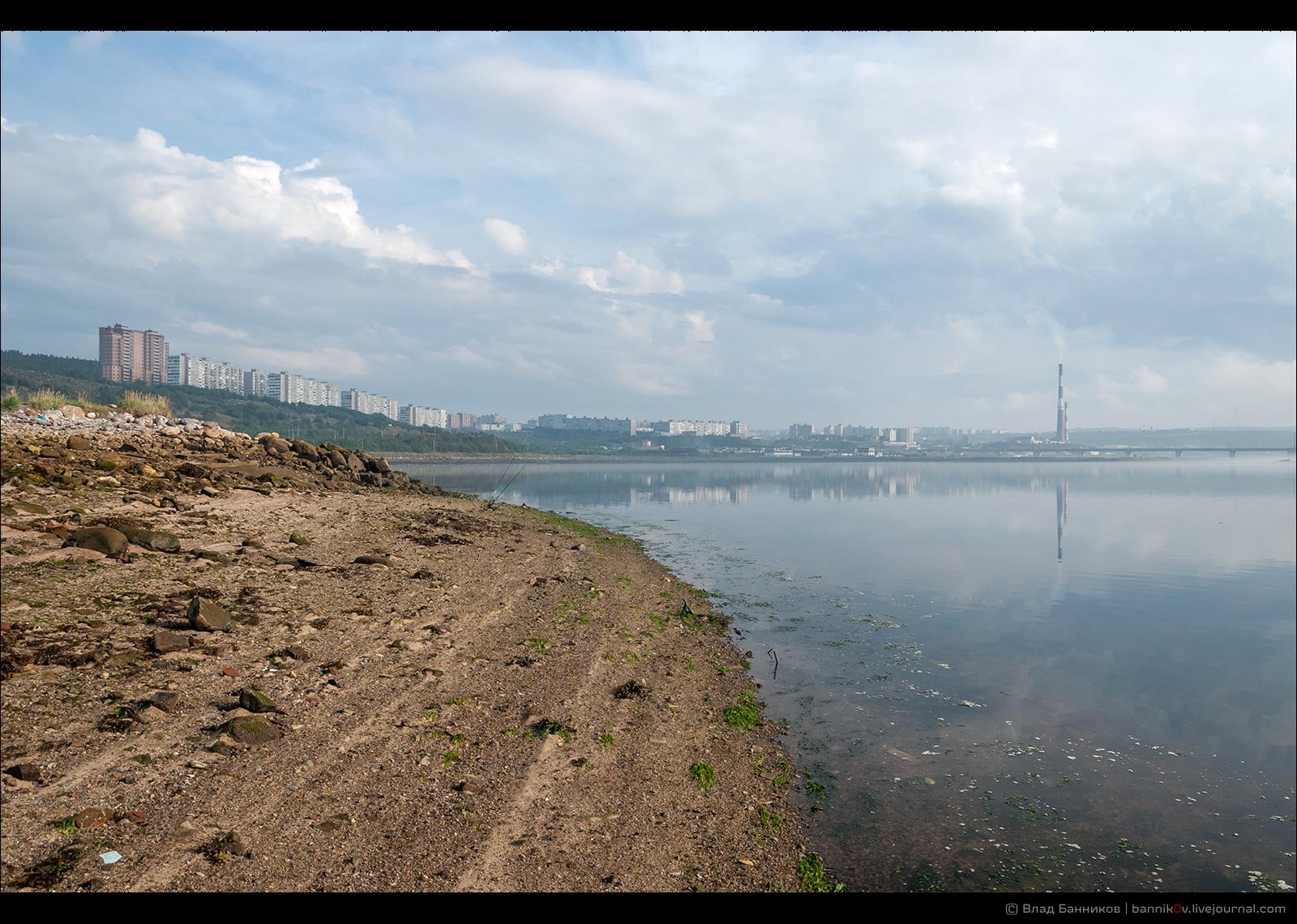 Первомайка (вид с восточного берега КЗ)