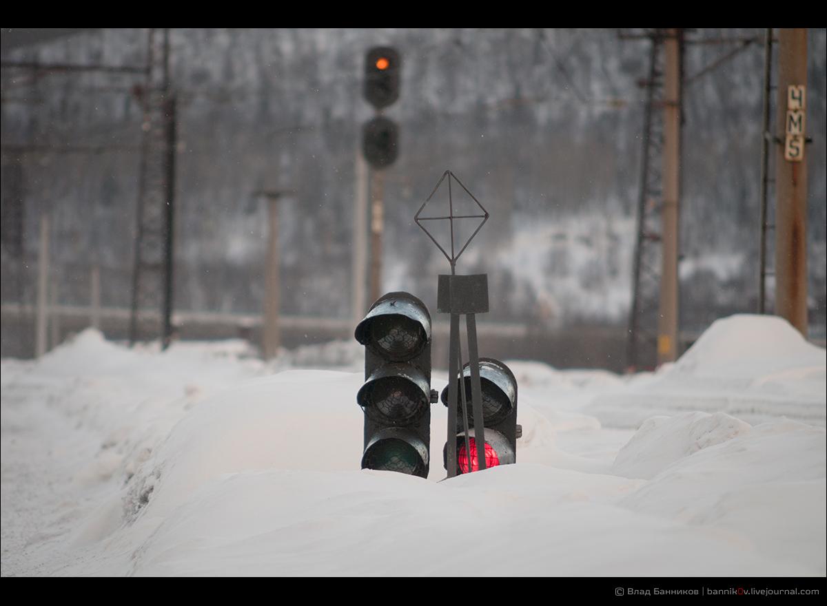 Маршрутные упакованы в снег