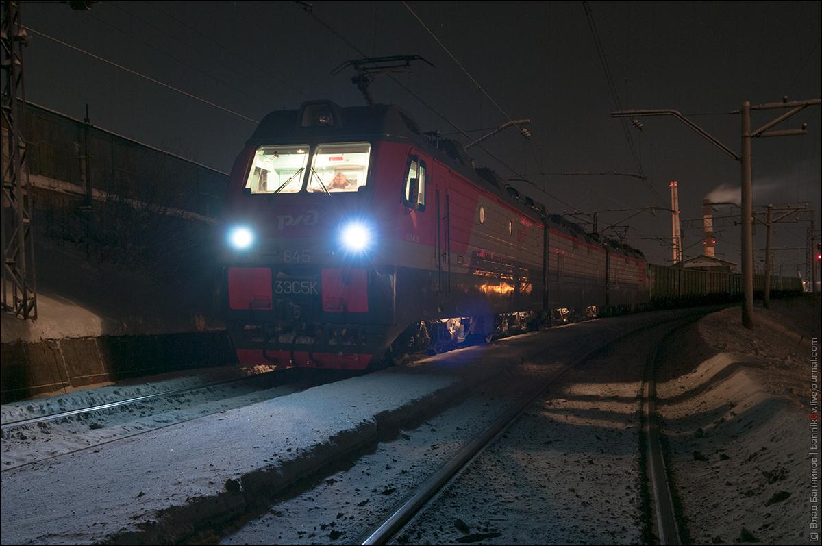 3ЭС5К-845 с грузовым поездом на 2-м главном по Мурманску