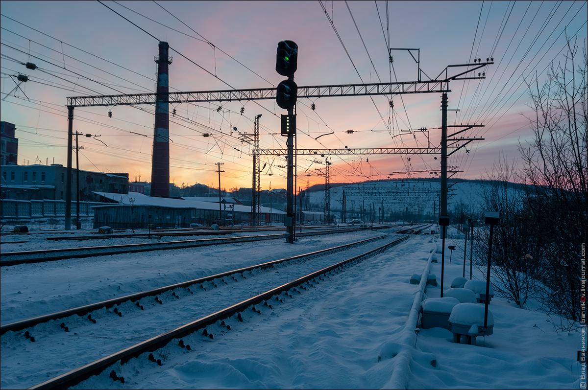 Станция Кола, выходной сигнал Н1