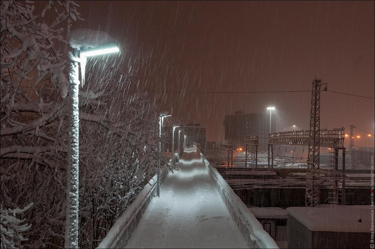 Снег идёт и идёт...