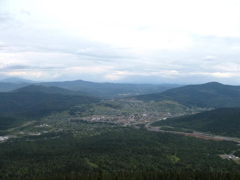 Поселок Шерегеш. Вид с горы.