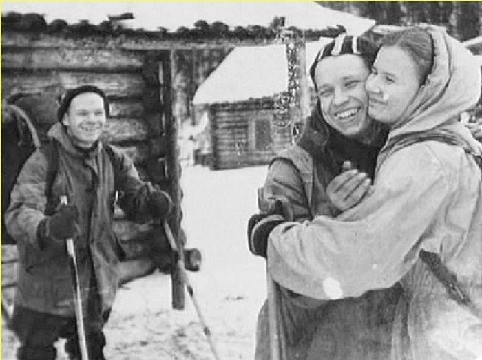 Из архивов. Прощание Дубининой с Юдиным (который заболел и не пошел с ними).