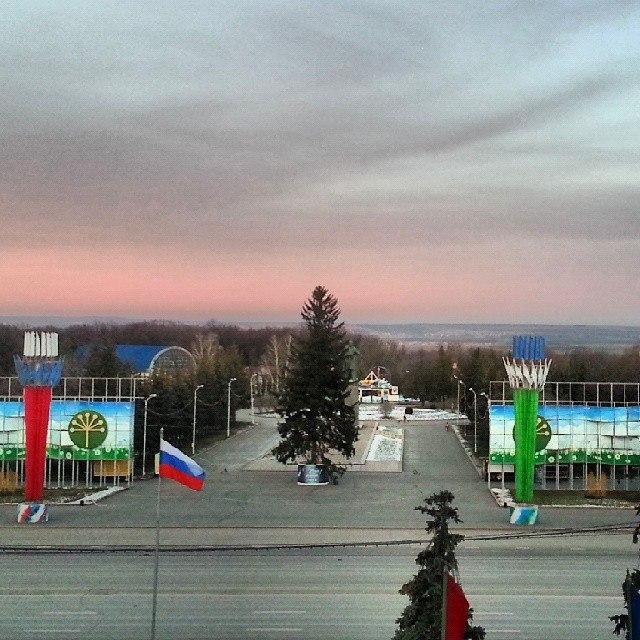 ufa_gorsovet_elka