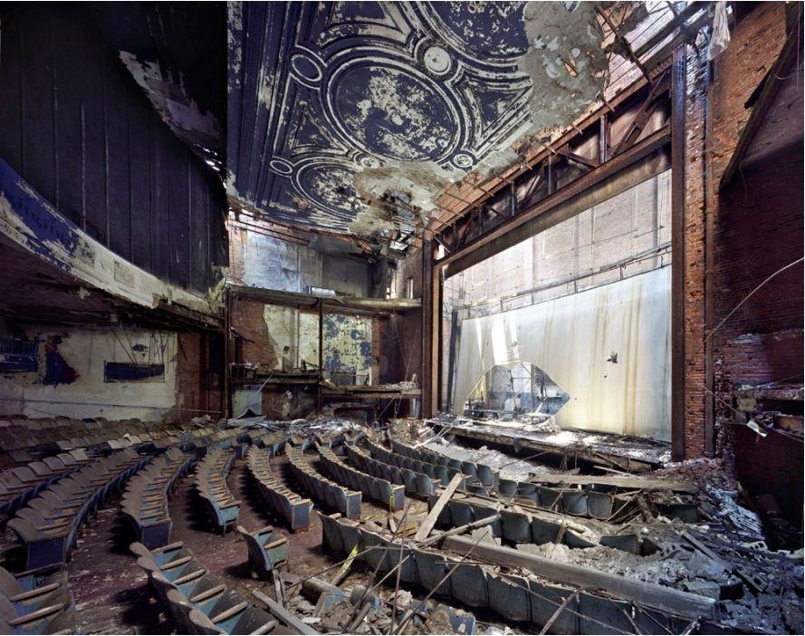 Д20385-01-adam-theater
