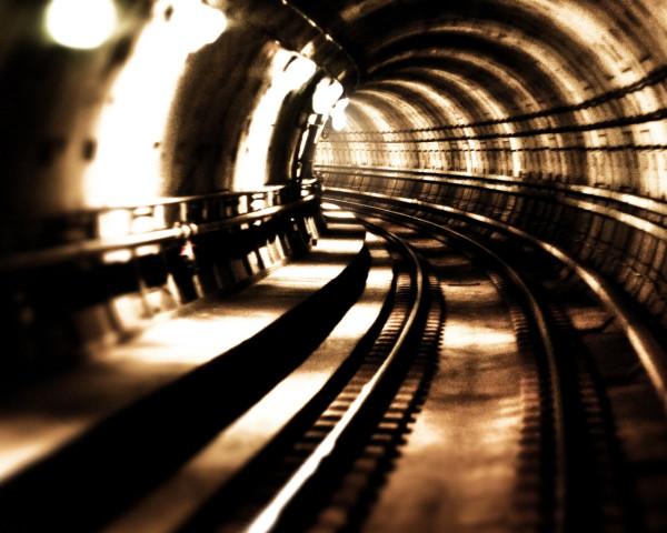 kreativnie+oboi+tunnel+metro+podzemka+90882978011