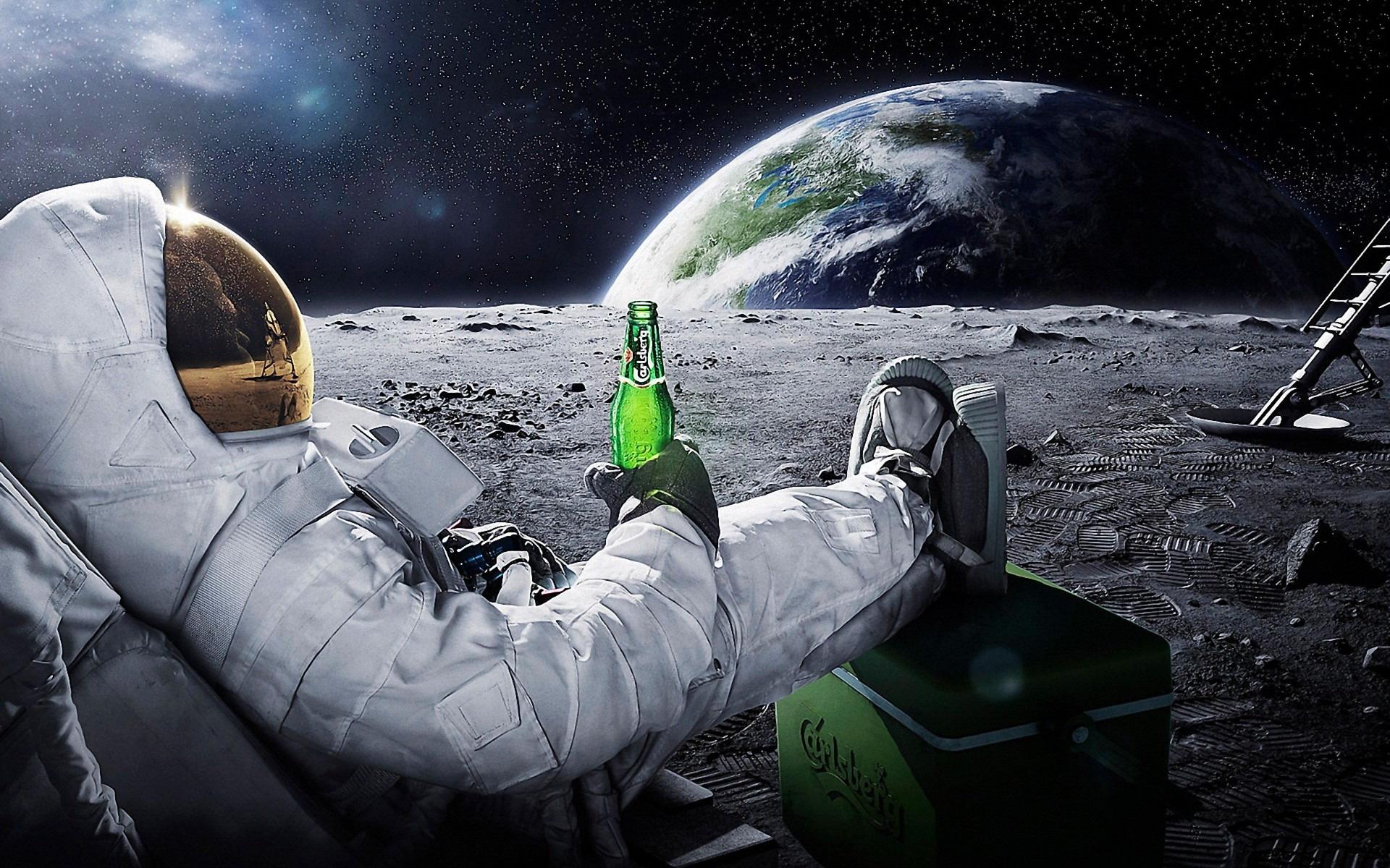 реклама пива carlsberg spaceman