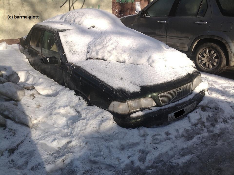 вольво под снегом