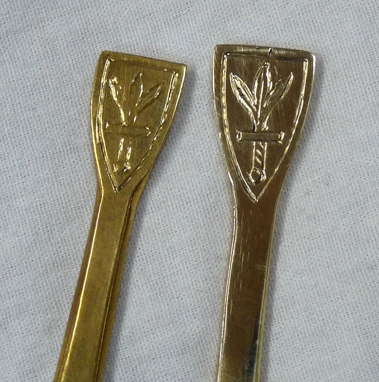 Ручки с гербом