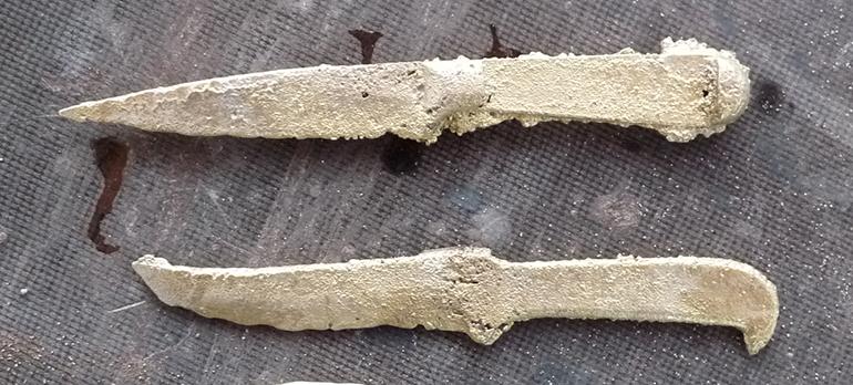 Два ножа отливка