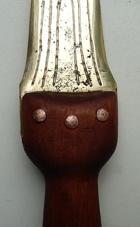 Античный бронзовый кинжал крепление