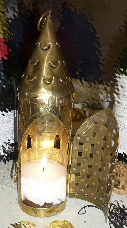 Фонарь свечной башня