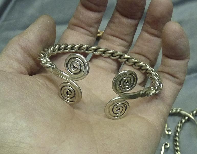 Витые браслеты 12