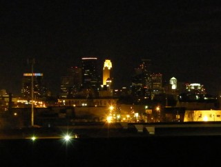 Downtown Minneapolis just before Earth Hour 3/28/09