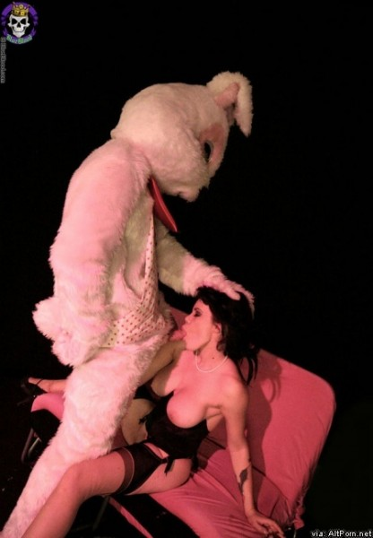 Easter Porn - Easter Porn. gay_easter_001_st_550x367 nude_easter_bunny_anal_insertions