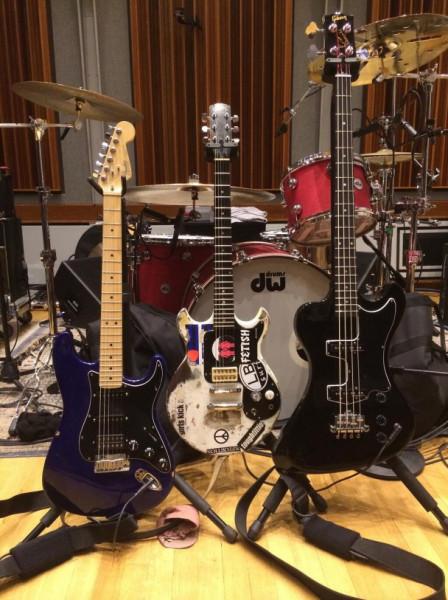nirvana-joan-jett-guitars-608x813