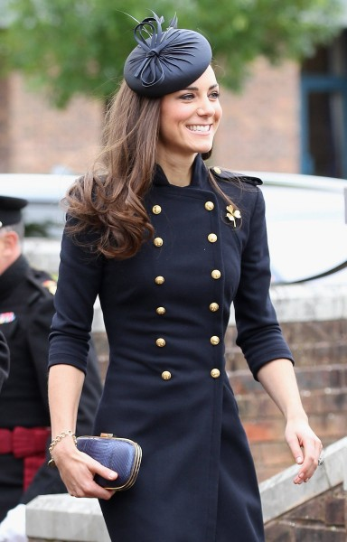 Catherine-Duchess-of-Cambridge-kings-and-queens-34912066-1920-3000