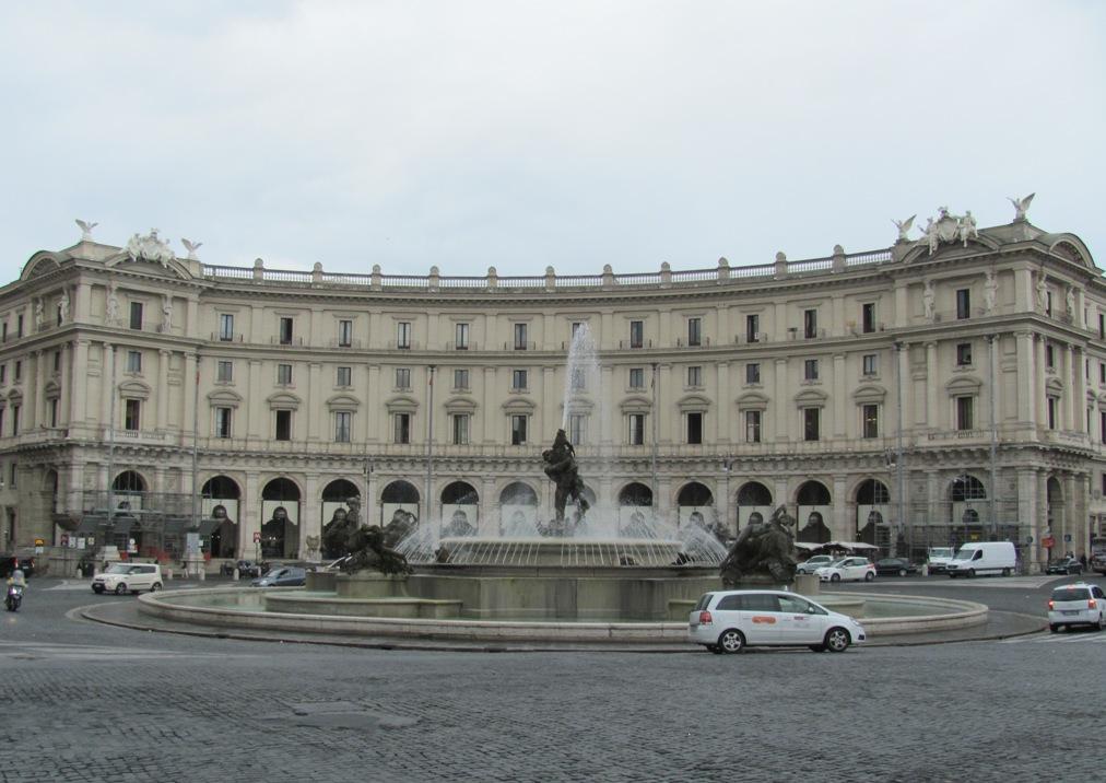 а в Риме... шёл дождь