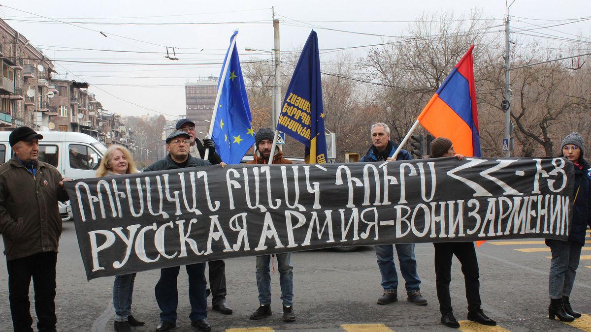 2020.Armenia.Russian.army.jpg