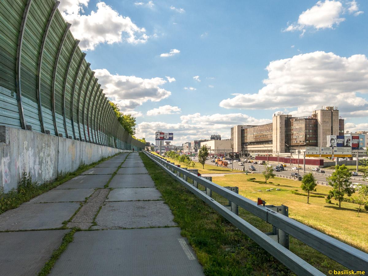 Чурская эстакада. Третье транспортное кольцо. Москва. Июнь 2018