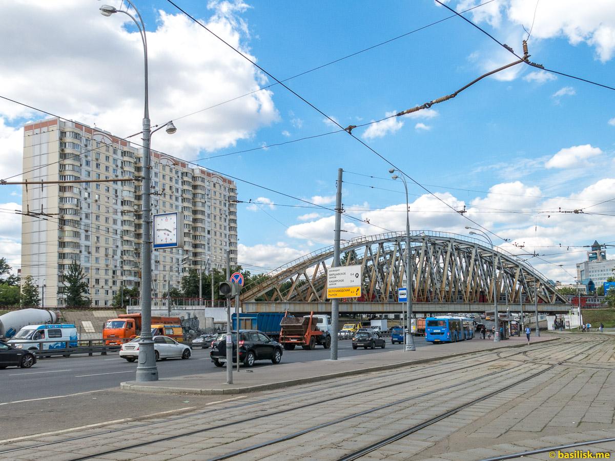 Варшавское шоссе. Павелецкий путепровод. Москва. Июнь 2018