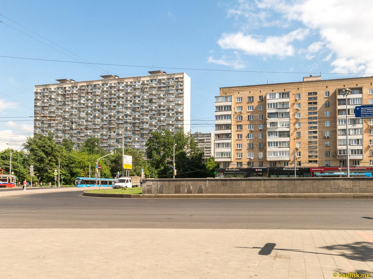 Проспект Мира. ВДНХ. Москва. Май 2018