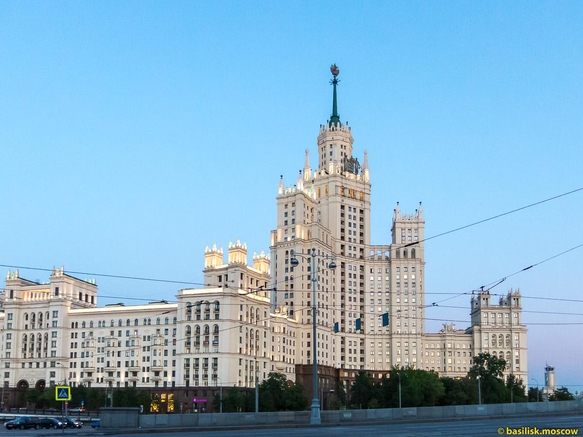 Высотка на Котельнической набережной. Москва. Май 2018