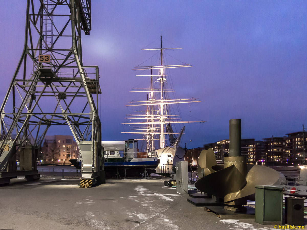 Набережная морского музея Forum marinum Turku. Турку. Январь 2018