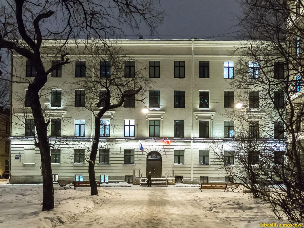 Адмиралтейская набережная. Зимний Петербург. Январь 2018