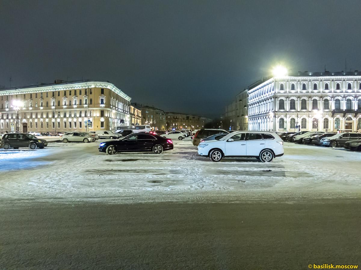 Исаакиевская площадь. Памятник Николаю I. Зимний Петербург. Январь 2018