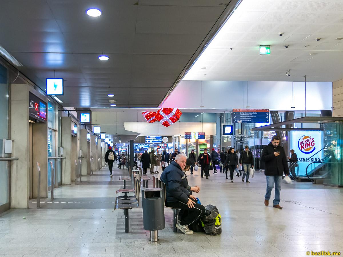 Торговый центр Kamppi Helsinki. Хельсинки. Январь 2018