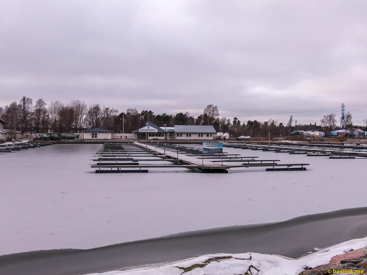 Парк Сибелиуса Sibeliuksen puisto Helsinki. Хельсинки. Январь 2018